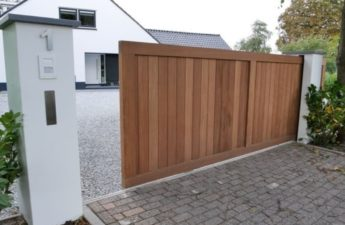 Pros and Cons of Automatic Gate Systems